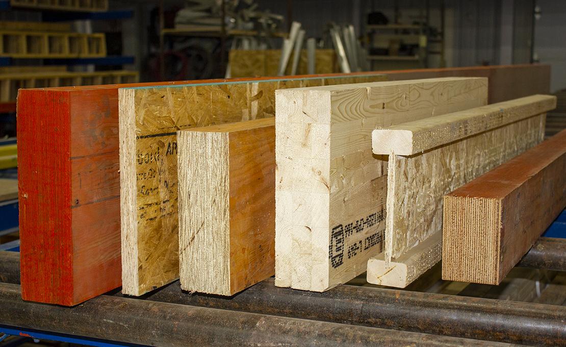 Poutres et colonnes de bois